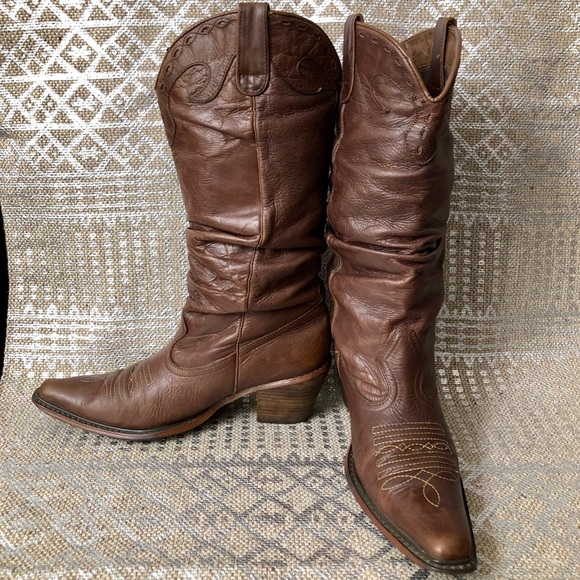 23915d03cb3 STEVE MADDEN Brown Leather Slouch Cowboy Boot 8 M